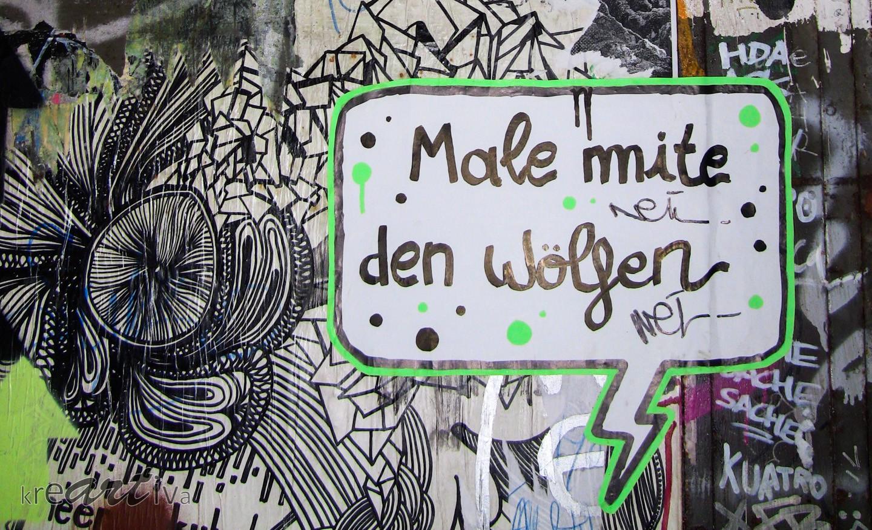 Male mite den Wölfen, Berlin Deutschland 2010.