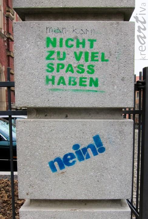 Nein! Man kann nicht zu viel Spaß haben! Weimar Deutschland 2015